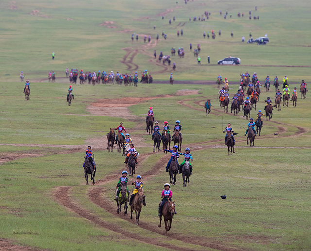 What-to-khow-before-you-attend-mongolian-naadam-festival
